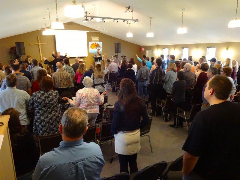 Enjoying worship church at Chapel Ridge