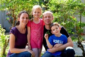 Daniel & Irene Kort & Family